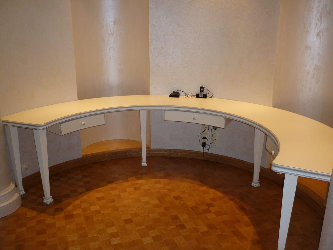 Изготовление столов на заказ, изготовить сделать круглый сто.