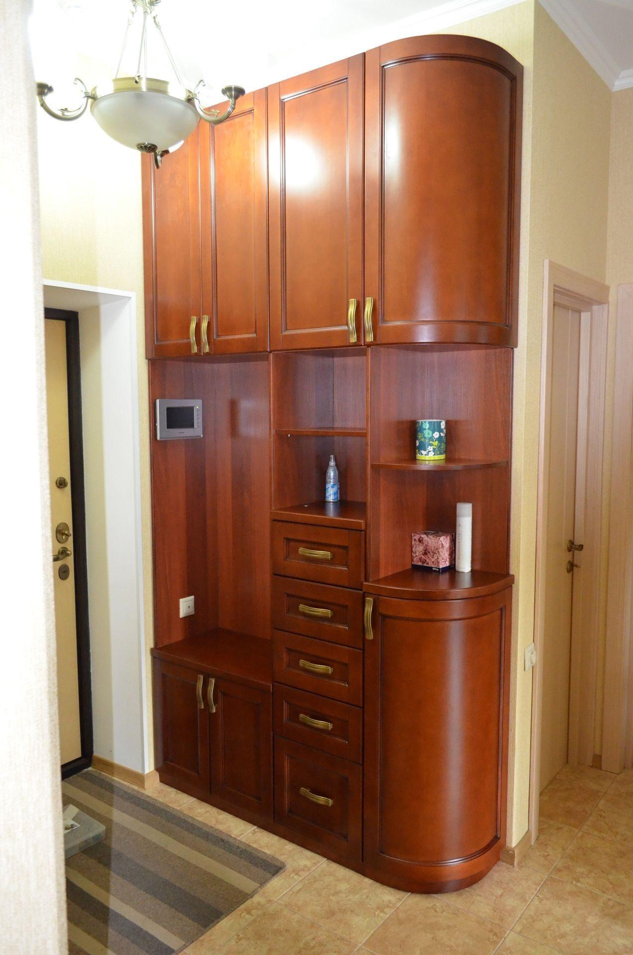 Шкаф распашной 2 х створчатый двухстворчатый с полками и шта.